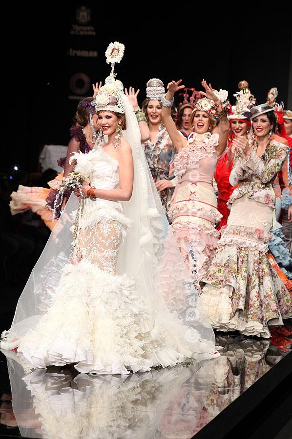 Simof 2012.Rosalía Zahíno / Encarna Solá. Moda Flamenca