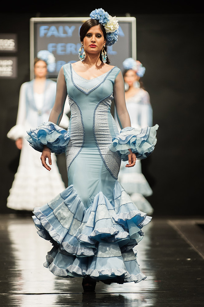 Faly de la Feria al Rocio Pasarela Flamenca Jerez 2015