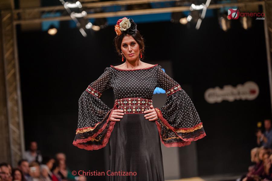 Carmen-Navarro_PasarelaFlamencaJerez2017-009