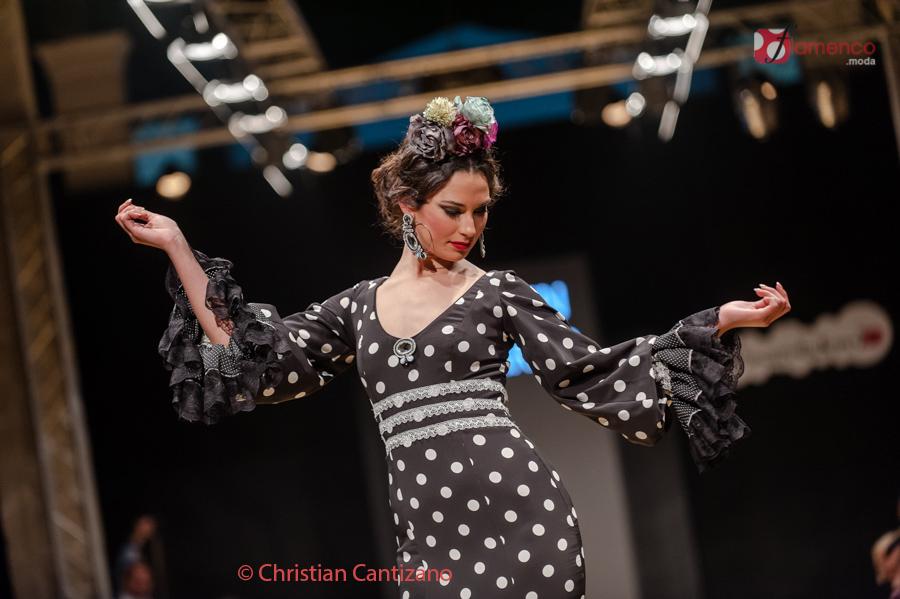 Carmen-Navarro_PasarelaFlamencaJerez2017-025