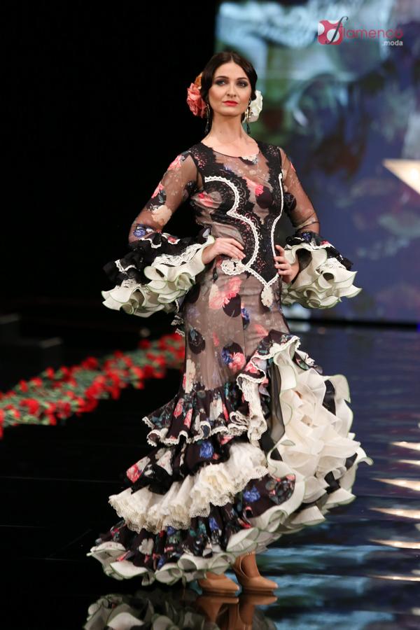"2607aef12 El abanico artesanía ""Divas"" - Simof 2017 | Moda Flamenca - Flamenco ..."