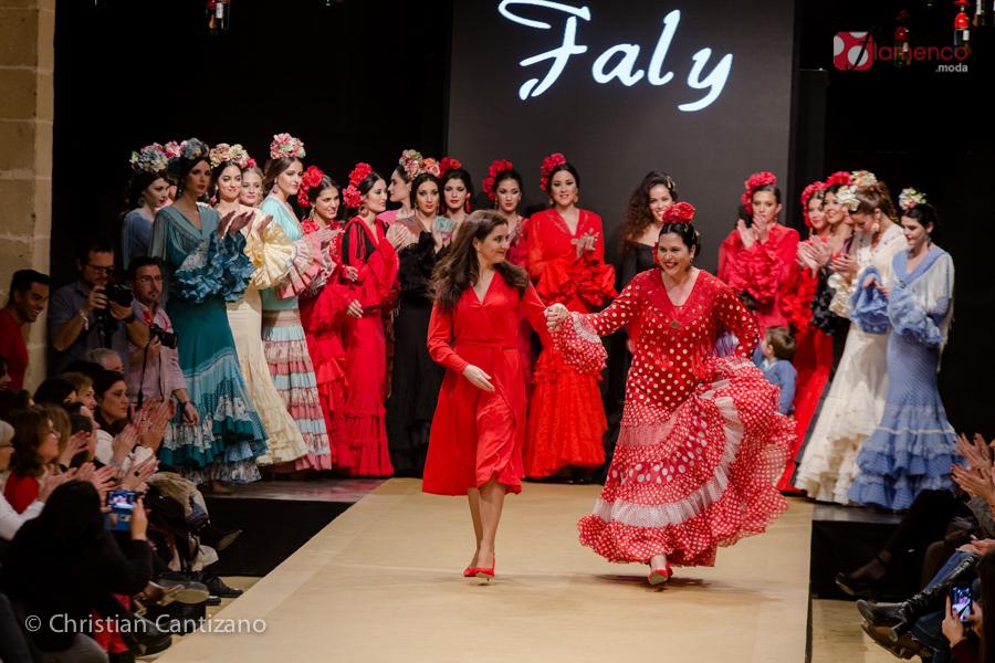 "Faly de la Feria al Rocío de Macarena Beato ""Las flamencas de Faly"" – Pasarela Flamenca Jerez 2018"