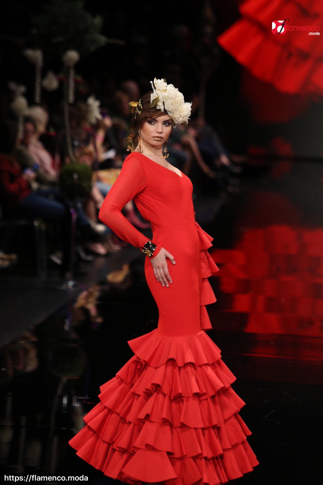 "cb9156dde Javier García - ""Pureza"" - Simof 2018   Moda Flamenca - Flamenco.moda"