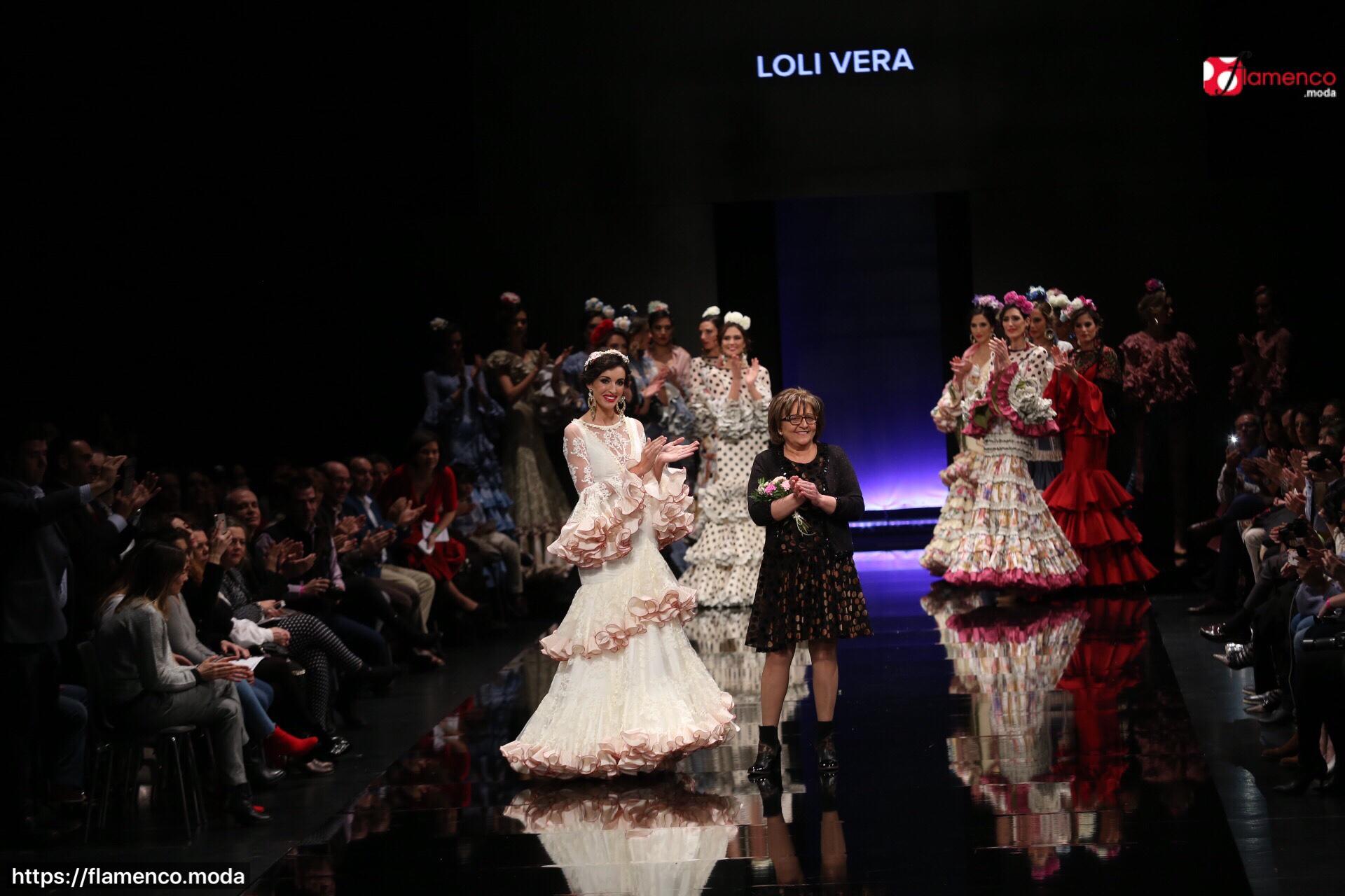 """Loli Vera – """"Moda flamenca con danza"""" – Simof 2018"""