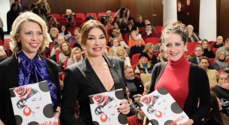 """Raquel Revuelta presenta el libro """"FLAMENCA"""", un recorrido por la moda del sur"""