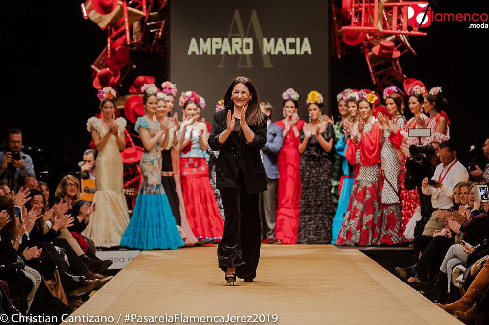 6fb044421 Amparo Maciá 'MARIA LUISA' Pasarela Flamenca Jerez 2019 | Moda ...